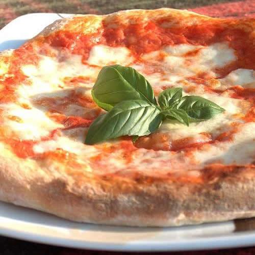 Margherita Amaretto Ristorante Pizza