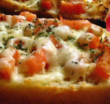 Pizza Garlic Bread with Mozzarella and Tomato